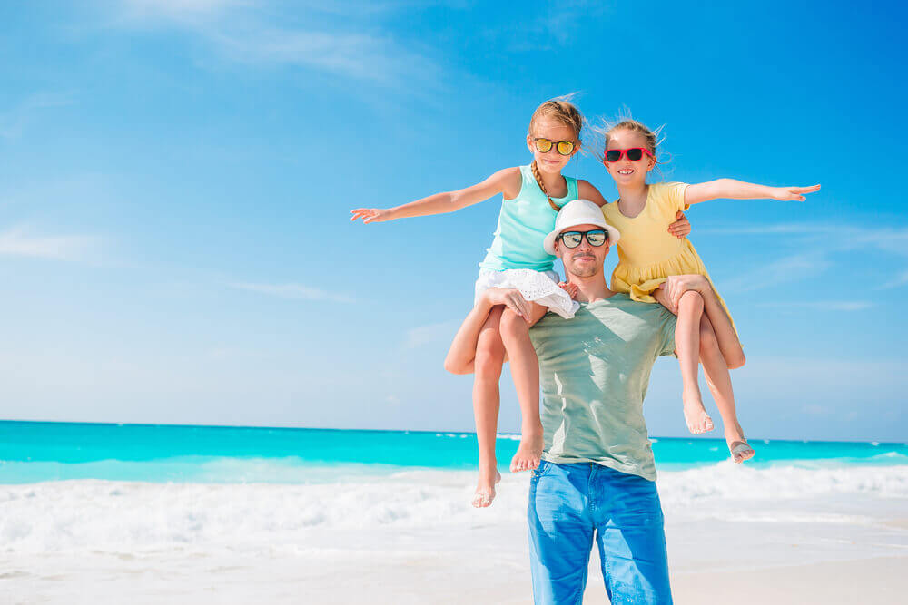 Holiday packages on the beach with your family can be loads of fun!